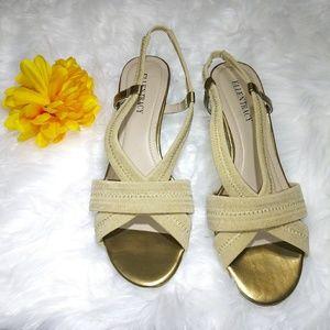 ELLEN TRACY Women's Jett Sandal - Gold/Natural SIZ